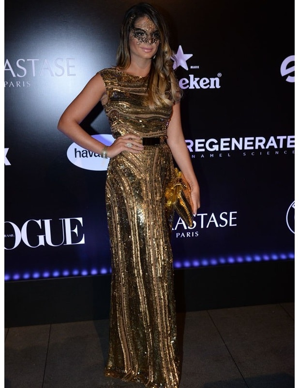 thassia-naves-baile-vogue-2015