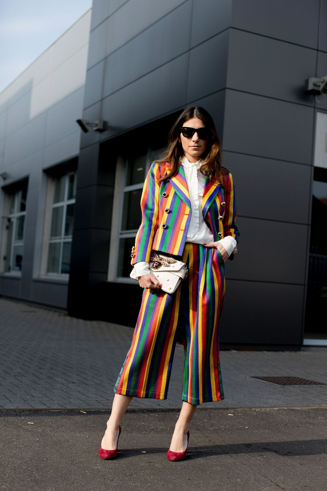 Tendência Rainbow Stripes, Rainbow Stripes look, listras coloridas, tendência listras coloridas, listras coloridas tendência, looks com listras coloridas, tricot listras coloridas, look Rainbow Stripes, outfit Rainbow Stripes, Rainbow Stripes outfit
