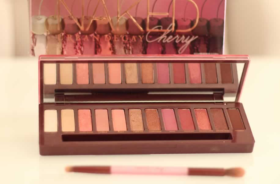 Resenha Naked Cherry Urban Decay - Nova Paleta, paleta nova urban decay, urban decay, naked cherry, review naked cherry, resenha naked cherry, resenha paleta naked cherry, resenha paleta, resenha paleta urban decay, urban decay