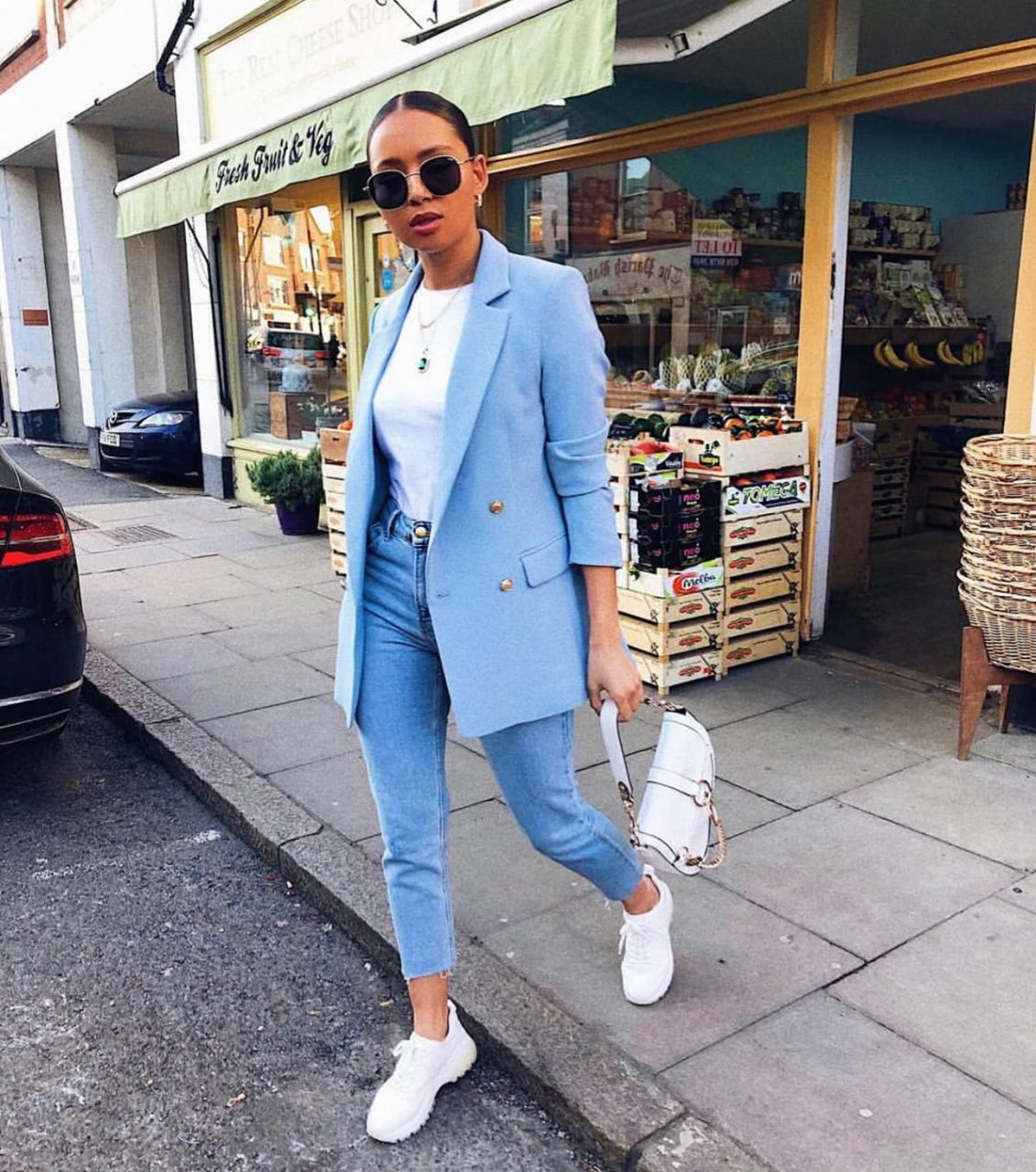 Like a Girl Boss - 10 Looks Com Blazer + Tênis, looks com tênis e blazer, looks com blazer, looks com blazer e tenis, looks com blazer, look com blazer e tenis, looks com tenis blazer, blazer e tenis, look tenis blazer, look blazer tenis