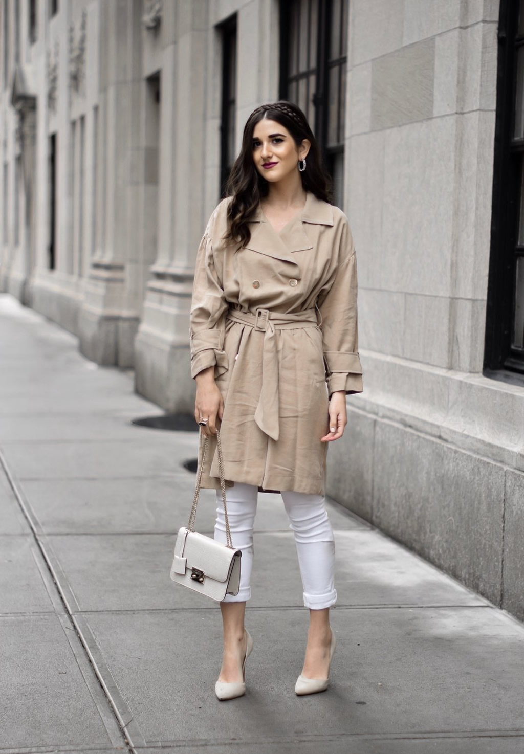 Looks Com Trench Coat, look trench coat, como usar trench coat, opções de look trench coat, trench coat preto, looks com trench coat, look trench coat, look de inverno